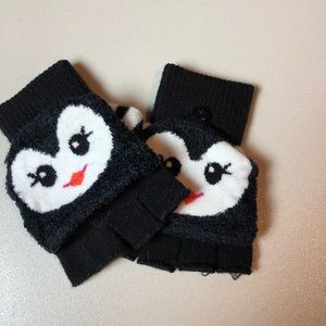 Other - Cute Penguin Convertible Mittens/Gloves